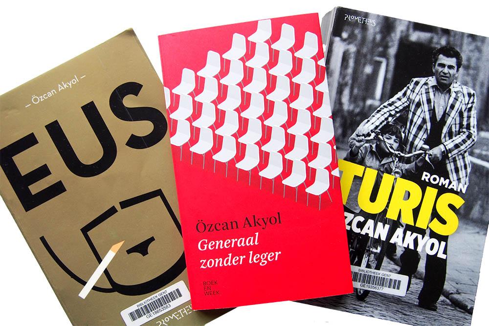 Generaal zonder leger - Özcan Akyol